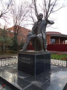 Памятник Загиру Исмагилову. 2008 г. Скульптор Х.Хабибрахманов