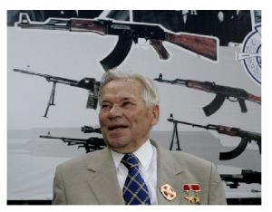 Михаил Тимофеевич Калашников (1919-2013) [15]