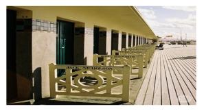 Знаменитый пляж в Довиле