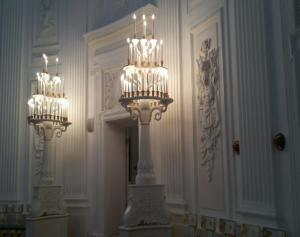 Величественные интерьеры Петровского дворца